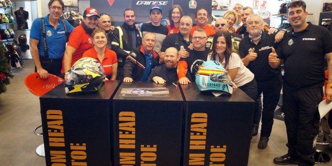 El piloto de moto GP Joan Mir visita las instalaciones de Servihonda Boutique Dainese D-Garage